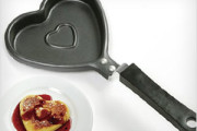 heart shape pan for kitchen