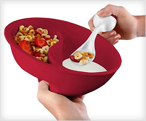 cereal bowl with separate partitions for cereal and milk