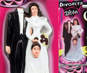 Divorced diva cake topper with bride holding head of ex