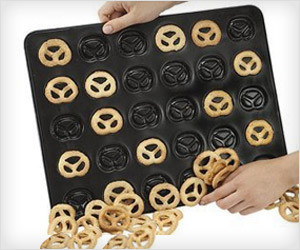 Pretzel Baking Pan