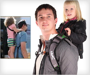 Piggyback carrier where child stands on foot-bar